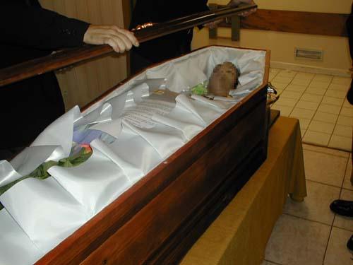 cercueil mise en biere